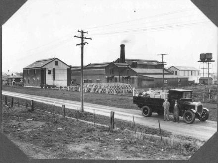 Belfast Soap Works & Truck (date unknown) 01-017.jpg